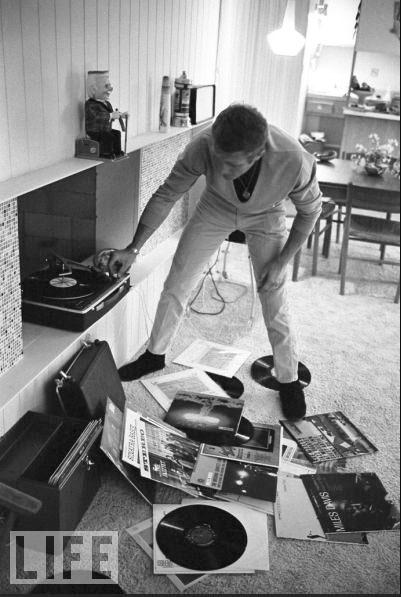 Steve McQueen, Vinyl Abuser