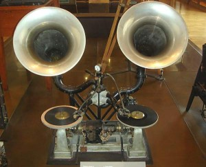 THE GAUMONT CHRONOPHONE SYSTEM: 1910